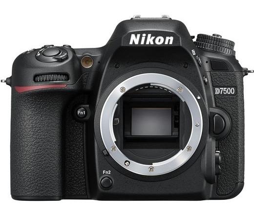 Nikon D7500 váz