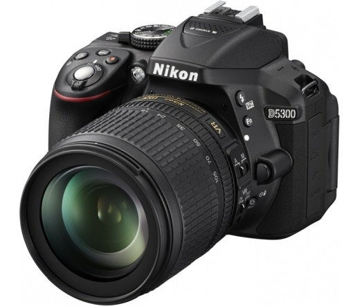 Nikon D5300 + 18-105 VR Kit