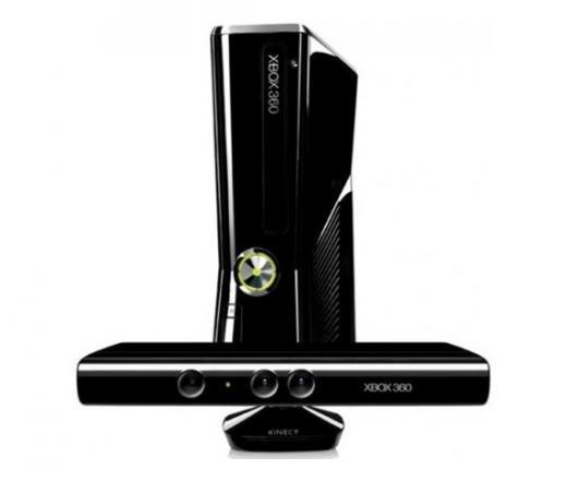 Microsoft X-Box 360 Slim 4GB + Kinect + Joy Ride