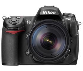 Nikon D300s + 18-200 AF-S DX VR II Kit